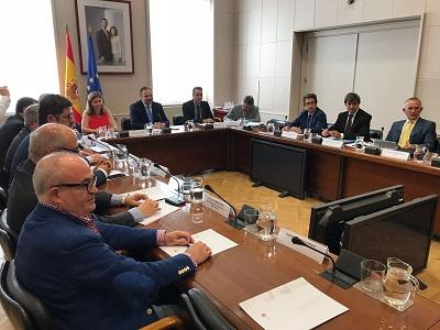 El Ministro de Fomento se reúne con las asociaciones de transportistas