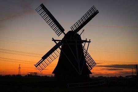 Molino Holandés al atardecer