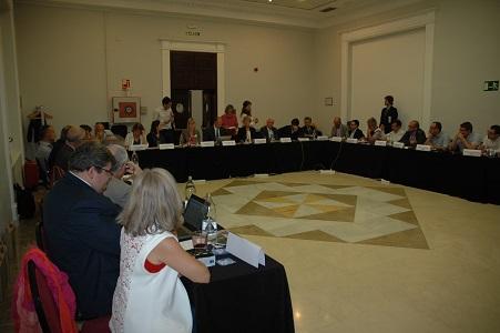 La asociación europea UETR analiza el nuevo paquete legislativo promovido por la Comisión Europea
