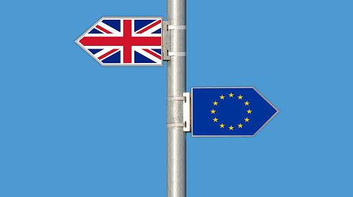 Fenadismer analiza el impacto del Brexit en el transporte por carretera entre España y Reino Unido. Reino Unido representa en la actualidad el 4º país destinatario de las exportaciones españolas. Tras la decisión adoptada por el pueblo británico en referéndum el pasado mes de Junio de abandonar la Unión Europea, tras más[…] Ampliar noticia …