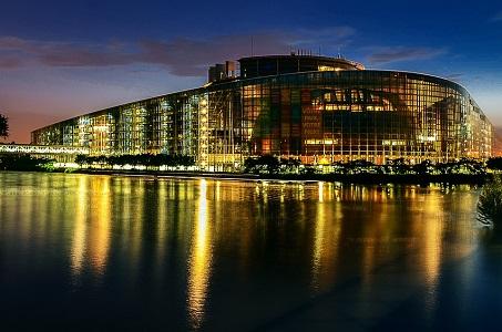El Parlamento europeo enmienda el nuevo Paquete Legislativo de acceso al sector