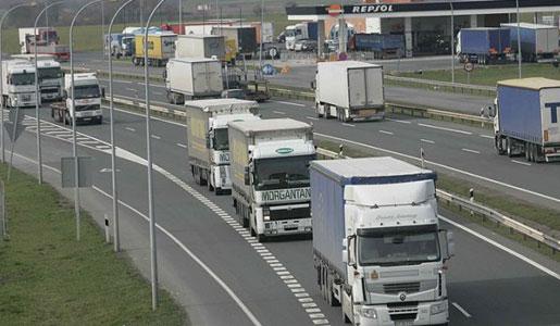 El RACC pretende criminalizar a los transportistas