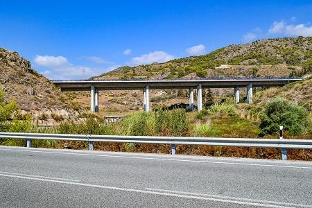 El transporte ya contribuye con 21000 millones a mantener las carreteras