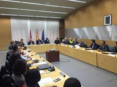 El Consejero de Transportes de la Comunidad de Madrid presenta el Plan de Inspección del Transporte madrileño por carretera para 2016. Fenadismer Madrid insiste en la necesidad de intensificar el control a los transportistas extranjeros, ya que actualmente sólo representa el 5% de los controles en carretera.  El Consejero de Transportes[…] Ampliar noticia …