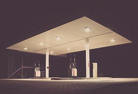 En el último mes se ha mantenido invariable el precio de la gasolina y del gasóleo de automoción pese a la bajada del crudo en más de un 60% desde el inicio de la crisis por el coronavirus, lo que ha supuesto persistir de forma alarmante el sobreprecio de los[…] Ampliar noticia …