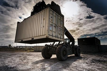 La DGT subsana un olvido de hace 4 años y modifica el Reglamento General de Vehículos para permitir que los camiones puedan transportar hasta 44 toneladas en contenedores de 45 pies     Pese a que la Directiva europea de 2015 regulaba las condiciones para el transporte de los contenedores de 45[…] Ampliar noticia …