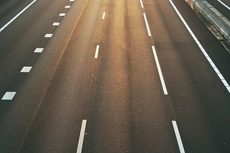 La Autovía A-15 ha estado cortada para el tránsito de camiones de más de 7'5 toneladas durante todo el mes de mayo por obras en los túneles de Belabieta y San Lorenzo.    El adelanto en la finalización de las obras ha permitido no continuar la restricción inicialmente prevista también para este[…] Ampliar noticia …