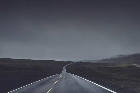 """La sentencia del Tribunal Supremo que elimina el requisito de antigüedad máxima de los vehículos para acceder al sector supondrá la """"uberización"""" del transporte de mercancías en España.    El Tribunal Supremo da la razón a la Comisión Nacional de la Competencia y elimina el requisito de antigüedad máxima de 5 meses[…] Ampliar noticia …"""
